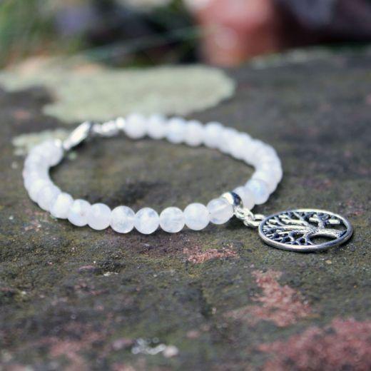 bracelets perles pierre de lune et arbre de vie