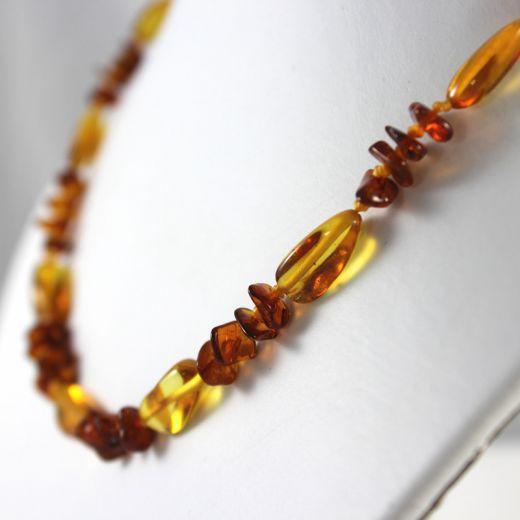 Collier Ambre simple deux couleurs perles plates et longues, vue détaillée